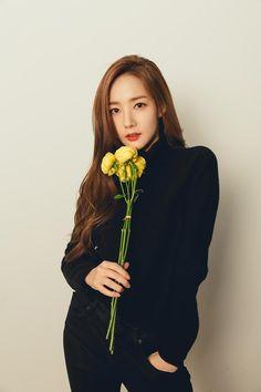 2019 MY Day Season's Greetings Photoshoot Park Min Young, Korean Actresses, Korean Actors, Young Actresses, Korean Beauty, Asian Beauty, Corporate Attire, Korean Artist, Korean Celebrities