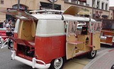 61 VW Westfalia camper restoration