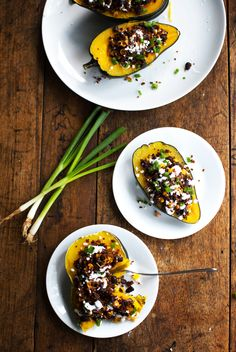 Mexican Roasted Corn and Quinoa Stuffed Squash: loaded with red quinoa, black beans, roasted corn, and cheddar cheese. | Pinch of Yum