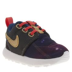 Nike Multi One Print Boys Toddler Downsized for kids, this go-to trainer gets a big thumbs up from us. Nike bring you Roshe One Print featuring a multi-coloured breathable fabric upper. The little ones can bounce about in style and co http://www.MightGet.com/january-2017-13/nike-multi-one-print-boys-toddler.asp