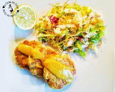 Volete trovare un modo per far mangiare il pesce ai vostri bambini? Provate con I fishburger di salmone fresco. Un ottimo secondo anche per i più grandi. Accompagnatelo con una salsetta alla senape e accontenterete anche i palati più raffinati. Ovviamente potete utilizzare anche altri tipi di pesce fresco.