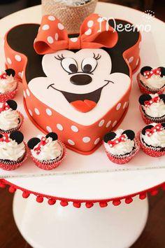 Minnie Mouse Birthday Party via Kara's Party Ideas | KarasPartyIdeas.com (14)
