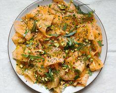Veg Recipes, Salad Recipes, Cooking Recipes, Melon Recipes, Summer Recipes, Melon Salad, Pistachio Recipes, Herb Salad, Breakfast Plate