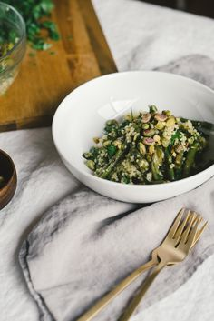 Spring Asparagus Millet Salad w/ Fresh Garlic + Lemon + Herbs. #vegan #glutenfree #soyfree