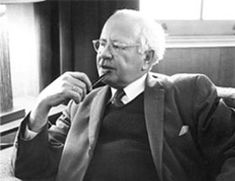 William Lawrence Shirer............. 1984 Photo (1904-1993) Historian, Journalist, War Correspondant, Author - Wikipedia, the free encyclopedia