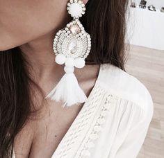 Diamond Bar Stud Earrings in Solid Gold / Rose Gold Diamond Bar Stud Earrings / Dainty Minimal Diamond Earrings / Valentines Day - Fine Jewelry Ideas Boho Jewelry, Bridal Jewelry, Jewelery, Jewelry Accessories, Fine Jewelry, Fashion Jewelry, Bar Stud Earrings, Big Earrings, Silver Hoop Earrings