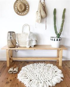 Best Modern Entryway Ideas With Bench - Decoration For Home Bohemian Interior, Home Interior, Bohemian Decor, Interior Design, Coastal Interior, Bohemian Fashion, Coastal Decor, Diy Design, Design Ideas