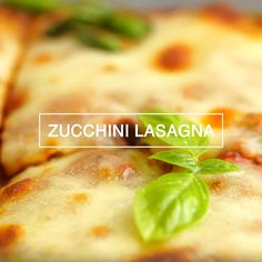 This is a recipe for zucchini lasagna with meat. Vegetarian Meal Prep, Healthy Dinner Recipes, Vegetarian Recipes, Healthy Meals, Snack Recipes, Zucchini Lasagna Recipes, Eating For Weightloss, Meal Prep For The Week, Happy Foods