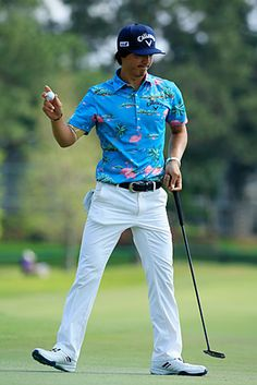 Alex Holmes' weekly look at what the pros are wearing on the golf course Mens Golf Fashion, Mens Golf Outfit, Golf Attire, Golf Clothing Brands, Pub Golf, Perfect Golf, Ladies Golf, Golfing Outfits, Golf Style