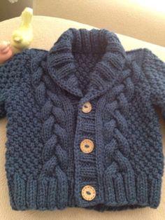 Punto suéter del algodón orgánico bebé gris, mano de punto gris Baby Cardigan…