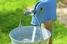 Poland Easter traditioin © kosmos111/iStock/Thinkstock [http://www.thinkstockphotos.co.uk/image/stock-photo-old-rusty-wheel-and-a-bucket-of-clean-water/475211131]