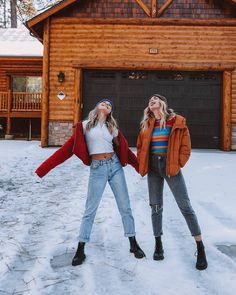 Maddie Ziegler and Summer Mckeen Bff Pics, Friend Pictures, Maddie Ziegler, Mackenzie Ziegler, Best Friend Fotos, Outfits Inspiration, Outfits Winter, Winter Photos, School Looks