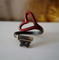 Red Heart Skeleton Key Ring