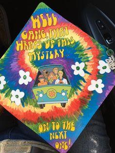 Funny Graduation Caps, Graduation Cap Designs, Graduation Cap Decoration, Graduation Diy, Grad Cap, Graduation Pictures, Graduation Parties, Tie Dye Crafts, Diy Crafts For Girls