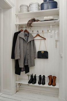 creative-wall-design-floor-wardrobe-hallway-furniture