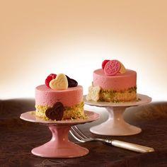 Schoko Decor Herzen Ornamente Cupcakes, Dessert, Powdered Milk, Cocoa Butter, Bakken, Mother's Day, Dessert Food, Cupcake, Deserts