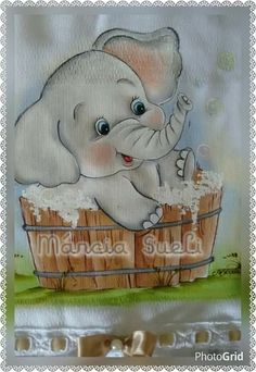 Elephant in bath. Baby Painting, Tole Painting, Fabric Painting, Disney Drawings, Cartoon Drawings, Animal Drawings, Quilt Baby, Elephant Love, Cute Cartoon