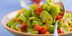 cuisiner les feves fraiches - Google Search Bacon, Calories, Guacamole, Green Beans, Vegetables, Ethnic Recipes, Food, Google, Carrot Soup