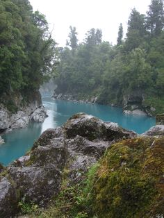 Hokitika Gorge, the icy blue water is just amazing... West Coast, NZ 2008