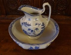 Vintage Booths Georgian Shape Willow Blue & White Jug & Wash Basin Circa 1930 VG in Pottery, Porcelain & Glass, Pottery, Booths | eBay!