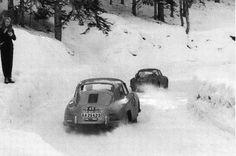 Porsche 356 in 1958 Monte-Carlo Rally in the snow. Porsche 356 Speedster, Porsche 356a, Vintage Racing, Vintage Cars, Vintage Auto, Porsche Service, Monte Carlo Rally, Porsche Models, Vintage Porsche