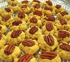 Cheesey Buttery Pecan Cheese Wafers Recipe ~ yummy appetizer recipe