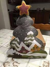 Decorazioni Natalizie In Feltro Pinterest.113 Fantastiche Immagini Su Alberi Di Natale Christmas Ornaments
