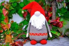 Amigurumi – Weihnachtswichtel häkeln - kostenlose Anleitung - free pattern in english too (link)