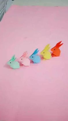 Hey Guys, Check out this Origami Rabbits🐰 Arent they cute? I will try making making them and so should you guys😍 Do let me know when you make them  Follow me for more amazing videos , Farry Fashion😊 Cool Paper Crafts, Paper Crafts Origami, Diy Paper, Paper Art, Paper Folding Crafts, Diy Crafts Hacks, Diy Crafts For Gifts, Creative Crafts, Diy Crafts Videos