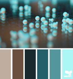 color pearl | by Design Seeds - la paleta en si no es muy atractiva, pero en la foto está buenísima.