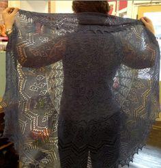 Zephyr shawl