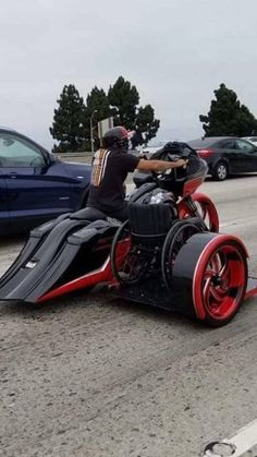 Harley-Davidson Combination with Wheelchair - Photo Stock Concept Motorcycles, Cool Motorcycles, Harley Bikes, Harley Davidson Bikes, Custom Street Bikes, Bagger Motorcycle, Custom Trikes, Chopper Bike, Hot Bikes