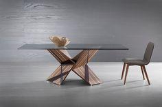 tavolo Rossetto. I Tesori Coloniali #itesoricoloniali #arredamenti #itesoricolonilali #legno #interiordesign #deign #homestaging #tavoli #vetro