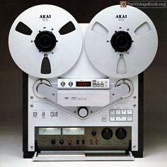 Akai GX-747 Reel to Reel Tape Recorder