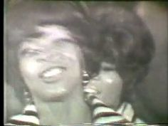 "Martha & The Vandellas ""Dancing in the Streets"""