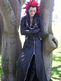 Axel Cosplay by WitchyElphaba on DeviantArt Disney Costumes, Cool Costumes, Cosplay Costumes, Cosplay Ideas, Costume Ideas, Axel Kingdom Hearts, Kingdom Hearts Cosplay, Best Cosplay, Awesome Cosplay
