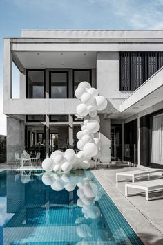 Bec Judd's Baby Shower by The Style Co | Balloons in the pool!