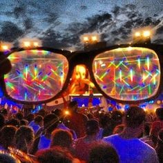GloFX Diffraction Glasses Are the Ultimate Concert Enhancement