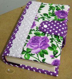 toda feita em tecido 100% algodão, manta acrílica r1  medidas: 25x36cm