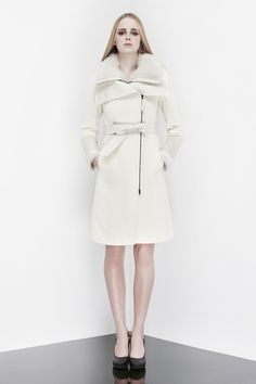 Mackage - ISABEL-B wool cashmere coat with Toscana fur trim winter white Autumn Winter Fashion, Winter Style, Fall Fashion, Fashion Trends, Gamine Style, Latest Fashion For Women, Womens Fashion, Women Wear, Ladies Wear
