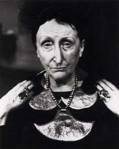 "Dame Edith Sitwell: ""I am an unpopular electric eel set in a pond of goldfish."" Photographed by Jane Bown for the, sculpture of Dame Edith Sitwell by Maurice Lambert, 'ALUMINUM HEAD' (circa Photograph © National Portrait Gallery, London. Baba Yaga, Tilda Swinton, Tim Walker, Advanced Style, Portraits, Before Us, Aging Gracefully, Look At You, Eccentric"