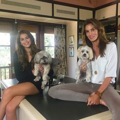 Whoa! Cindy Crawford and Look-alike Daughter Kaia Gerber Are Practically Twins: Here's Proof | E! Online Mobile