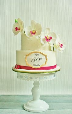 Moth orchid cake - A birthday cake, filled with mango cream and coconut cream.