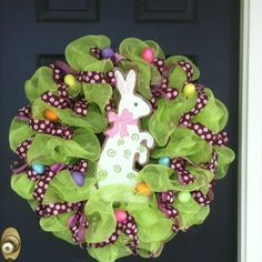 Easter bunny wreath----I would change it up a bit but I like the idea.