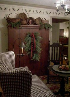 primitive homes picturetrail Country Decor, Decor, Primitive Homes, Primitive Decorating Country, Country Christmas, Christmas Home, Primitive Christmas Decorating, Primitive Christmas, Prim Decor