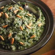 Green Risotto - Risotto, spinach and basil. I added canned chicken.  Delish!!