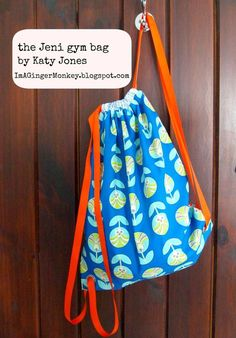 Fat Quarter Gang Tutorial - The Jeni Gym Bag by Im A GingerMonkey