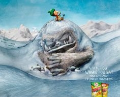 Snacketti: Yeti hill - Watch out where you eat your extremely crunchy Snacketti. Print Advertising, Creative Advertising, Advertising Campaign, Advertising Ideas, Fisher, Mad Ads, Fete Halloween, Great Ads, Poster Ads