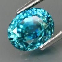 Голубой циркон природный 6.15 Ct ₽ 28,600.00  Вес — 6.15 Ct. Размер — 9.4 X 7.7 X 7.5 mm Форма — овал Цвет — бирюзовый Чистота – VS Природный Термообработка Твердость — 7.5 Месторождения — Камбоджа Gems, Rhinestones, Jewels, Gemstones, Emerald, Gem