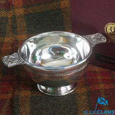 MacLeod Clan Crest Q